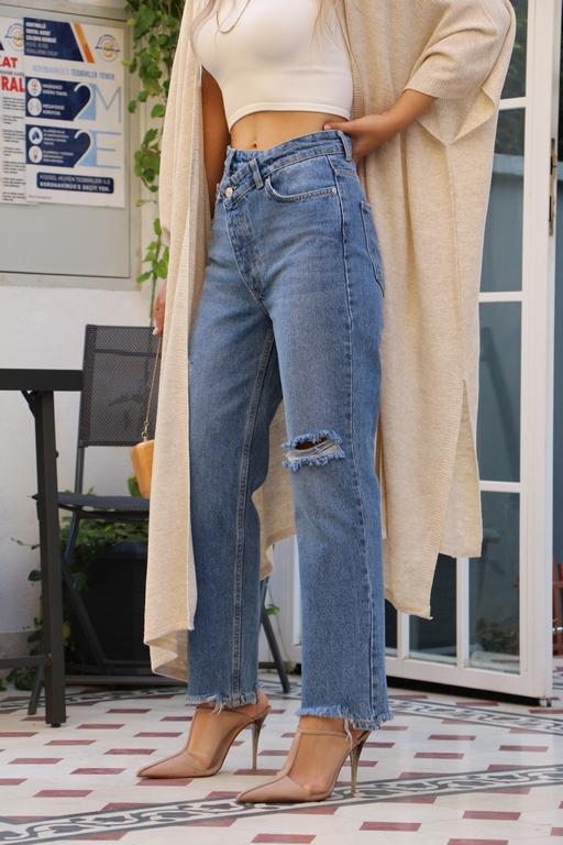 Çapraz Bel Detay Mom Jean