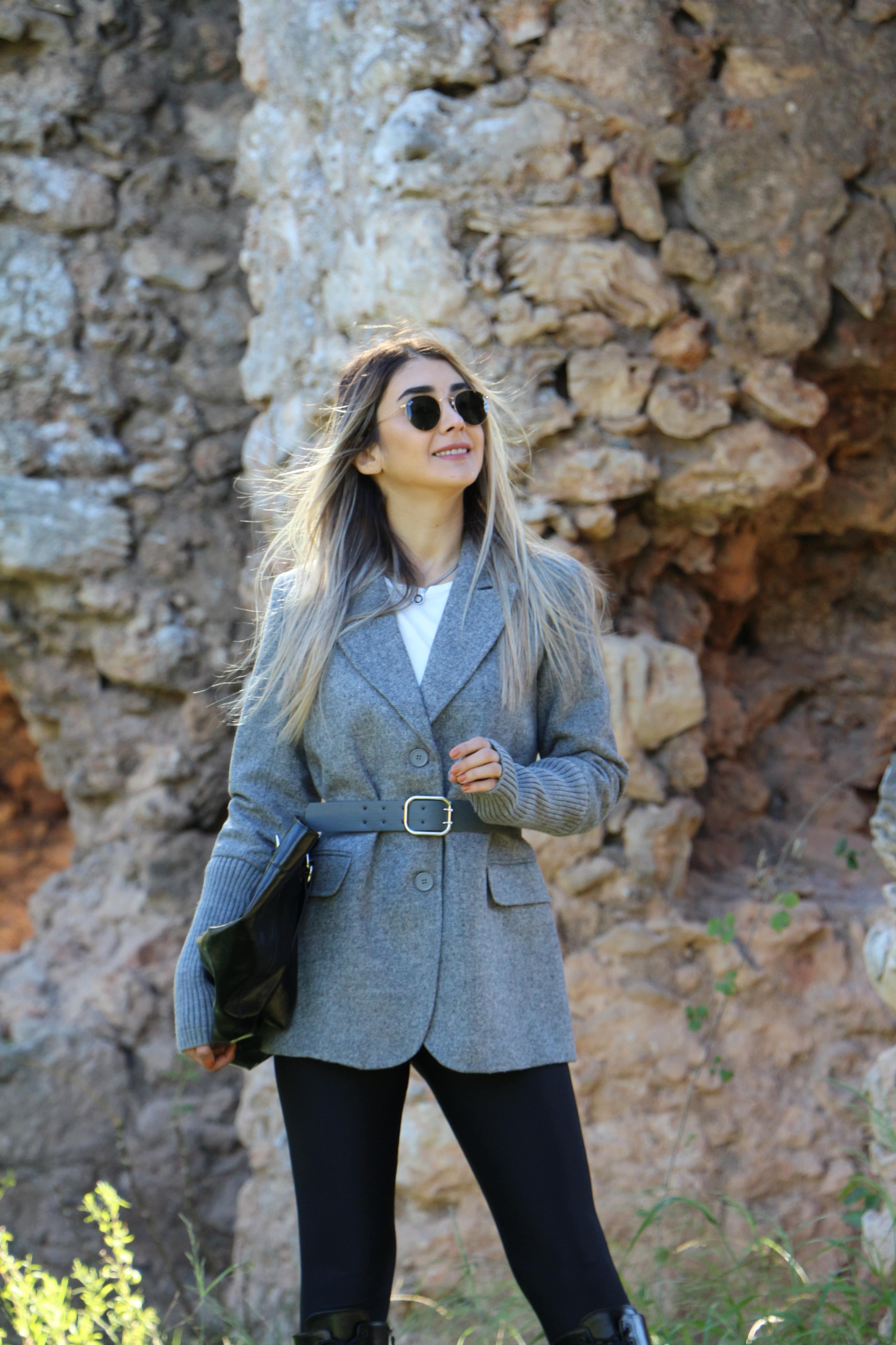 Gri Kemer Detay Blazer Ceket